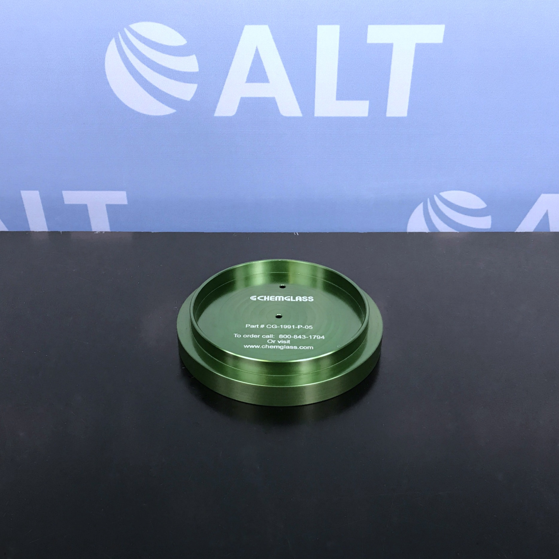 Chemglass PIE-BLOCK Safety Holder Only, Anodized Green P/N CG-1991-P-05 Image