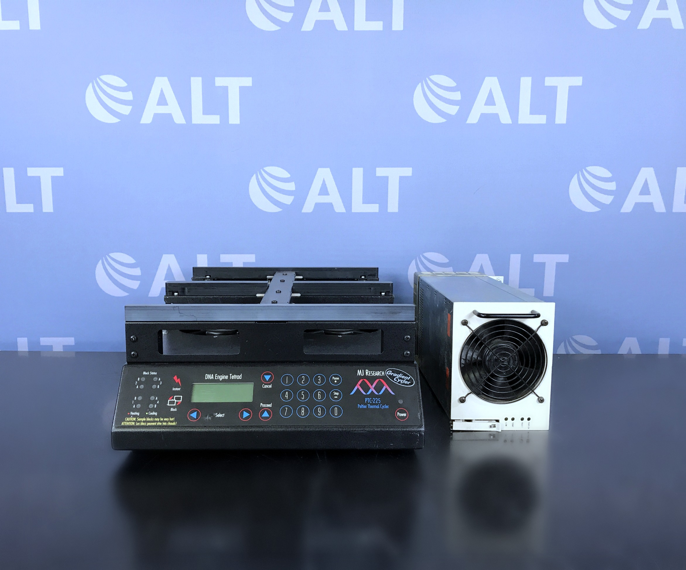 MJ Research PTC-225 Peltier Thermo Cycler DNA Engine Tetrad Image