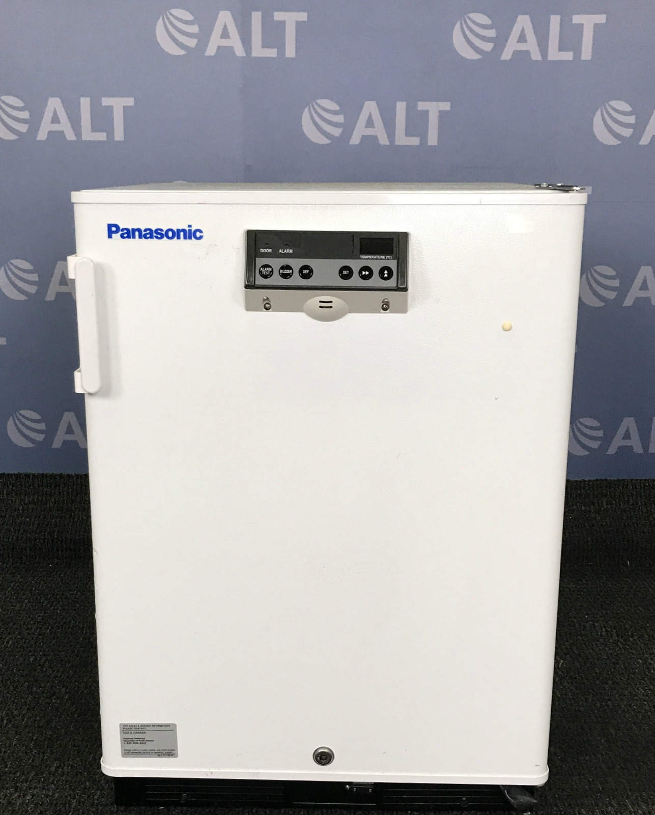 Panasonic SF Series 5.5 Cu. Ft. Manual Defrost Undercounter Medical Freezer SF-L6111W-PA Image