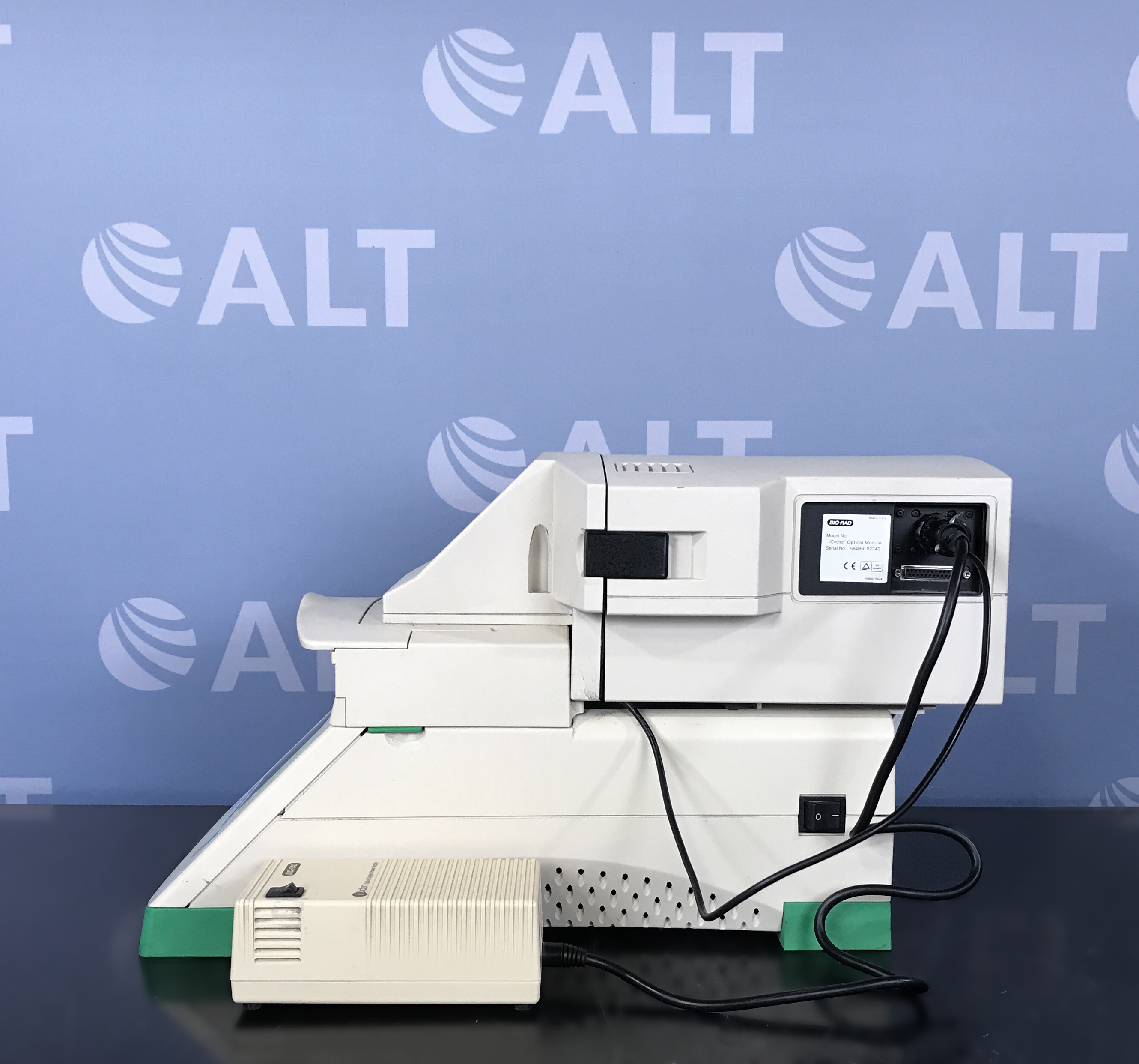 Bio-Rad iCycler Thermal Cycler with iCycler Optical Module Image