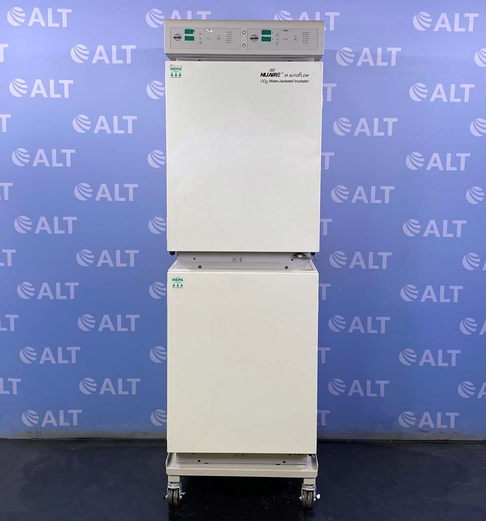 Nuaire Autoflow NU-8700 Dual Stack Water Jacketed CO2 Incubator  Image