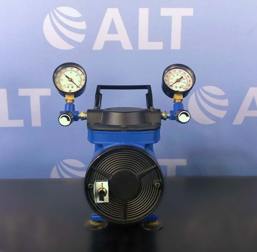 Millipore Chemical Duty Pump Model WP6111560, 115 V/60 Hz Image