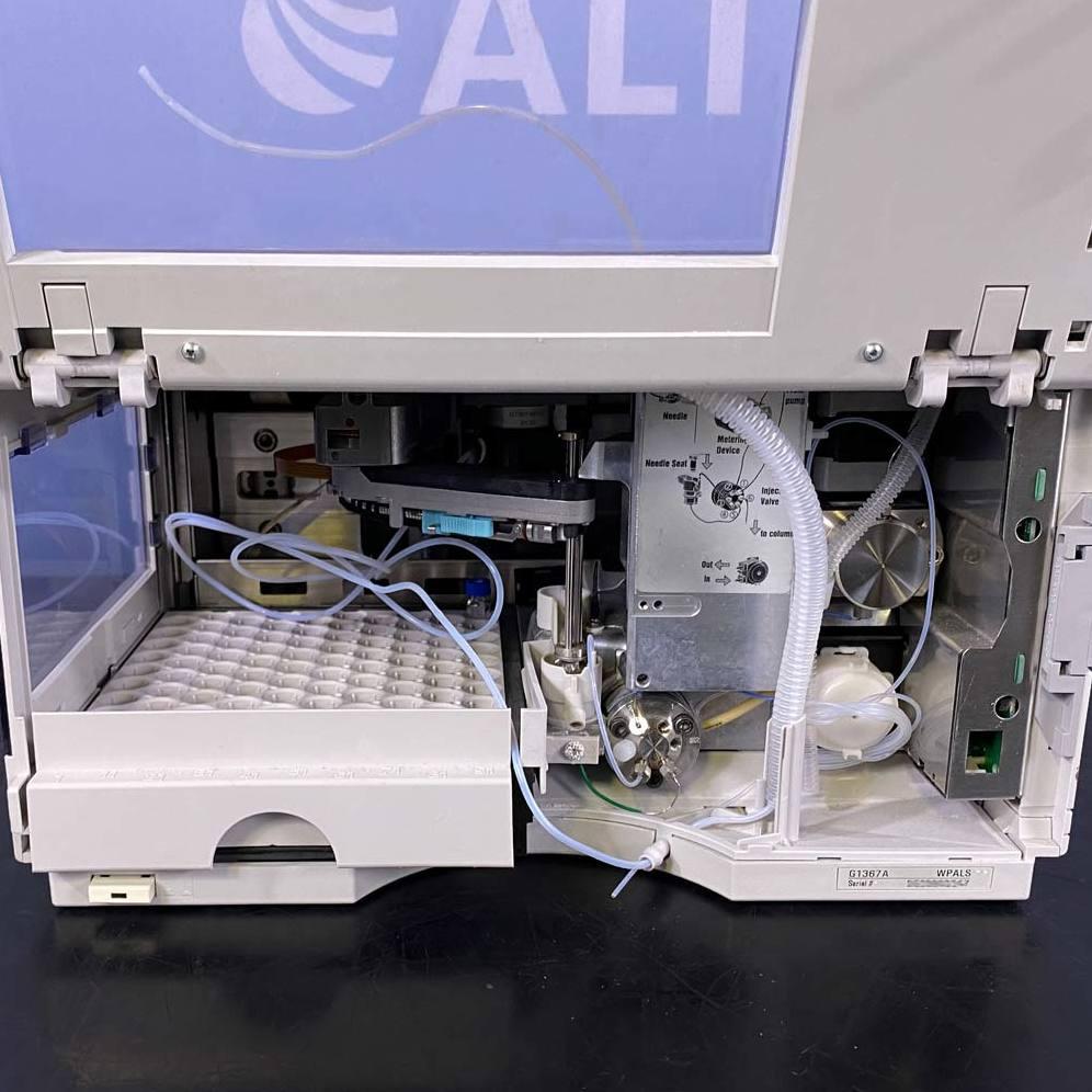 Agilent 1100 Series G1367A Well-Plate Sampler Image