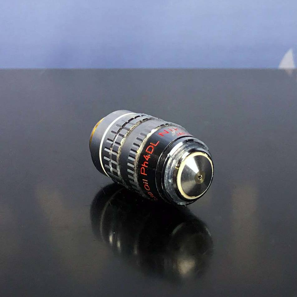 Nikon Microscope Objective, 100/1.30 Oil PH4DL 160/0.37  Image