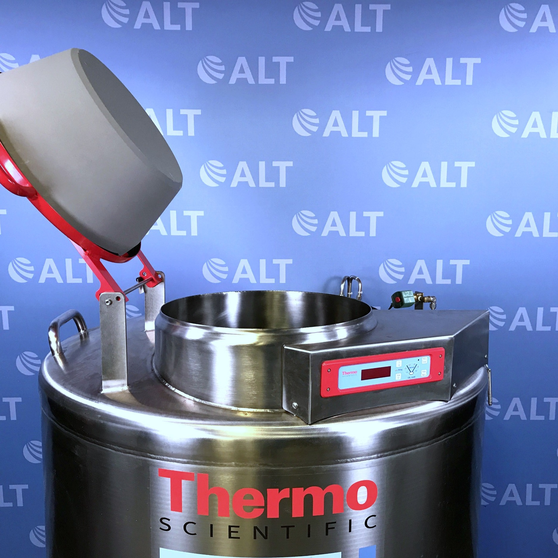 Thermo CE8140 CryoExtra High Efficiency Cryogenic Storage Image