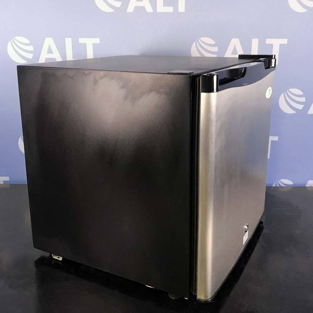 SPT 1.1 cu. ft. Upright Compact Freezer in Stainless Steel, Energy Star Model UF-160S Image