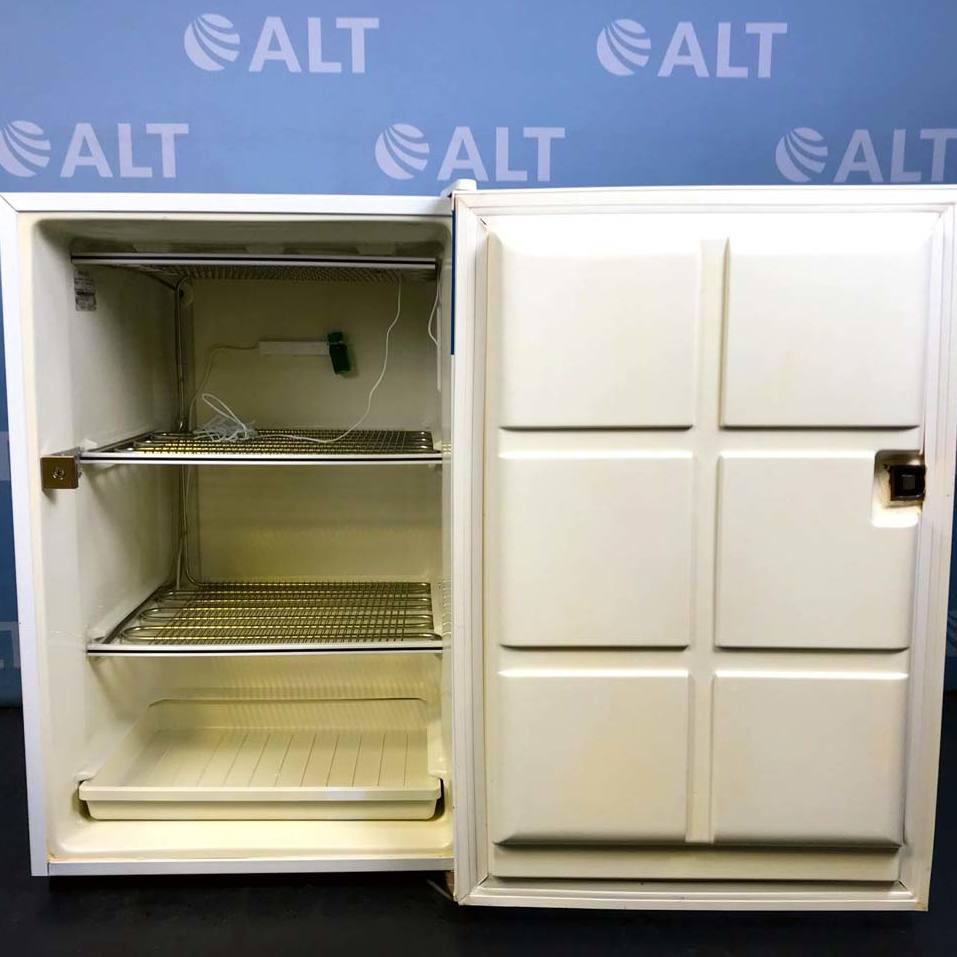 General Electric Undercounter Laboratory Freezer, Model FUM5SMARWH Image