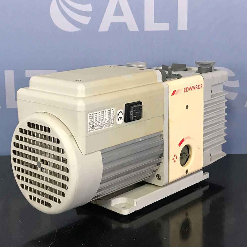 Edwards RV3 Vacuum Pump Image