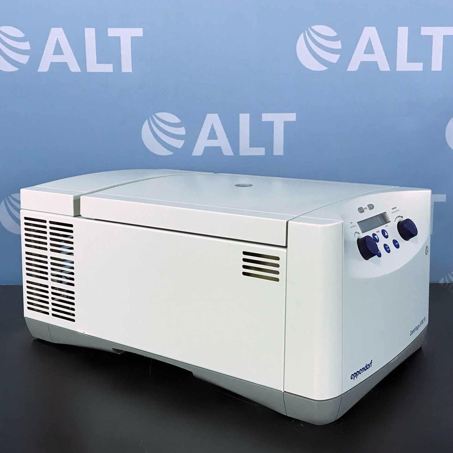 Eppendorf 5702R Refrigerated Benchtop Centrifuge Image