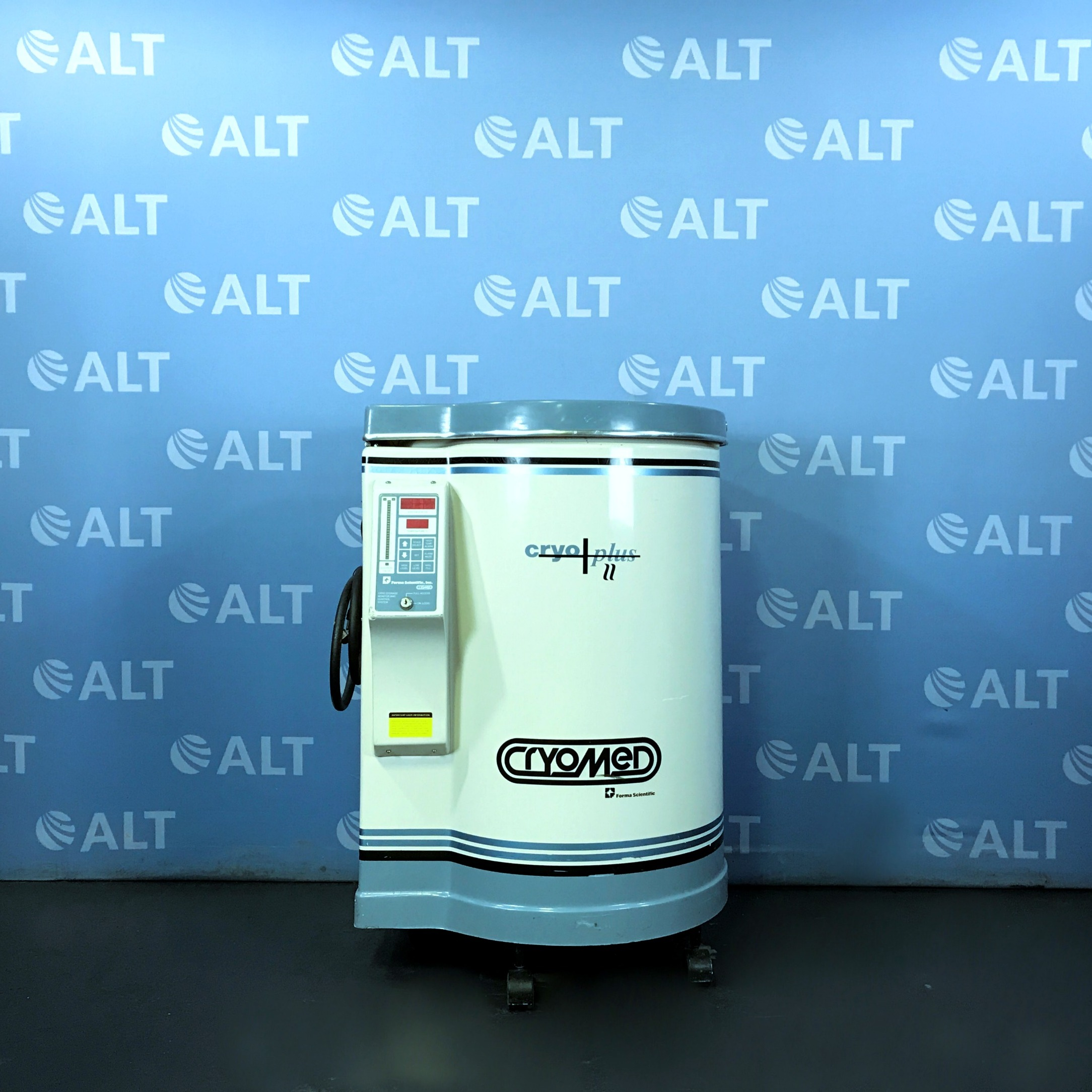 Forma Scientific Cryomed / Cryoplus II Liquid Nitrogen Storage Vessel Model 8175 Image