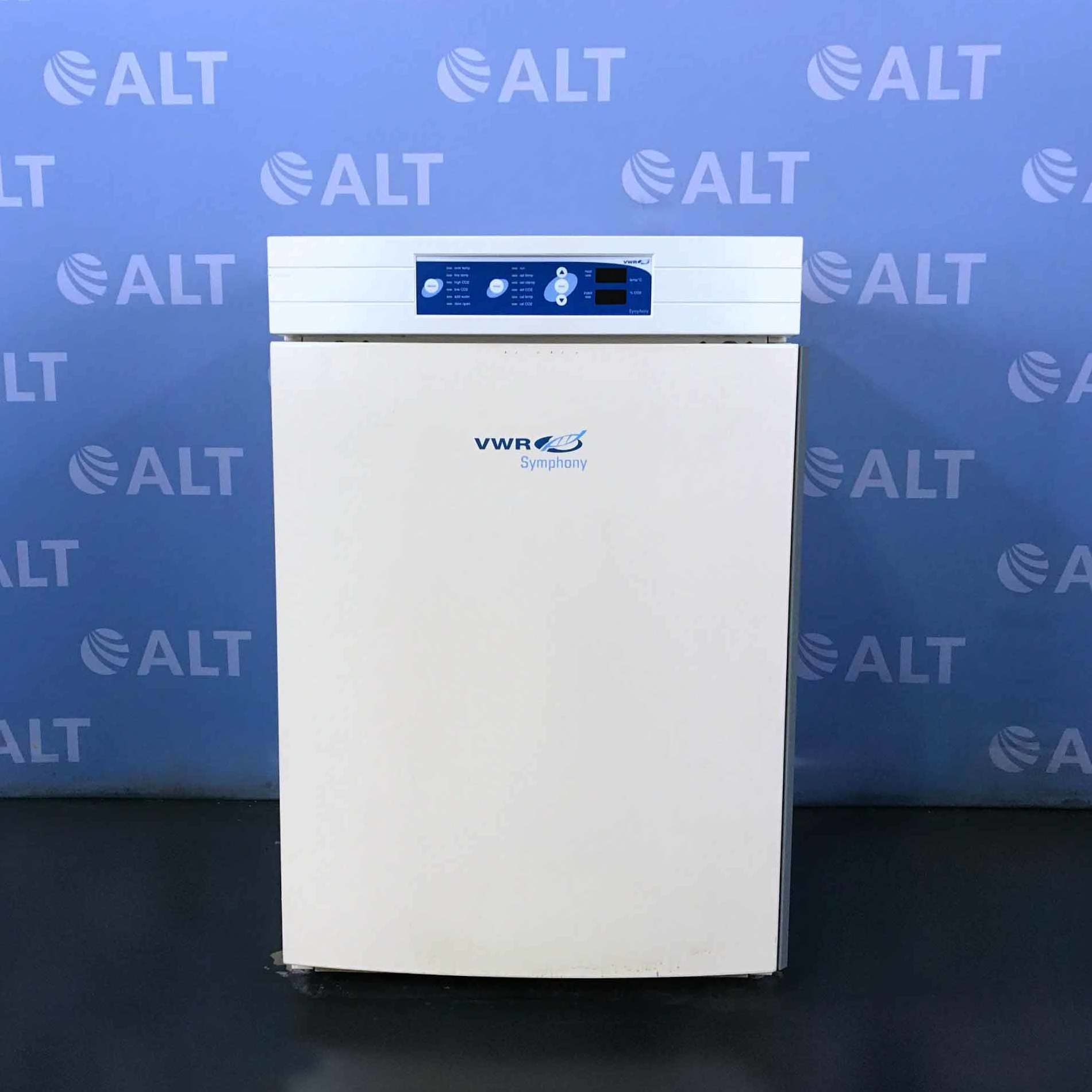 VWR Symphony 3078 Water-Jacketed CO2 Incubator Image