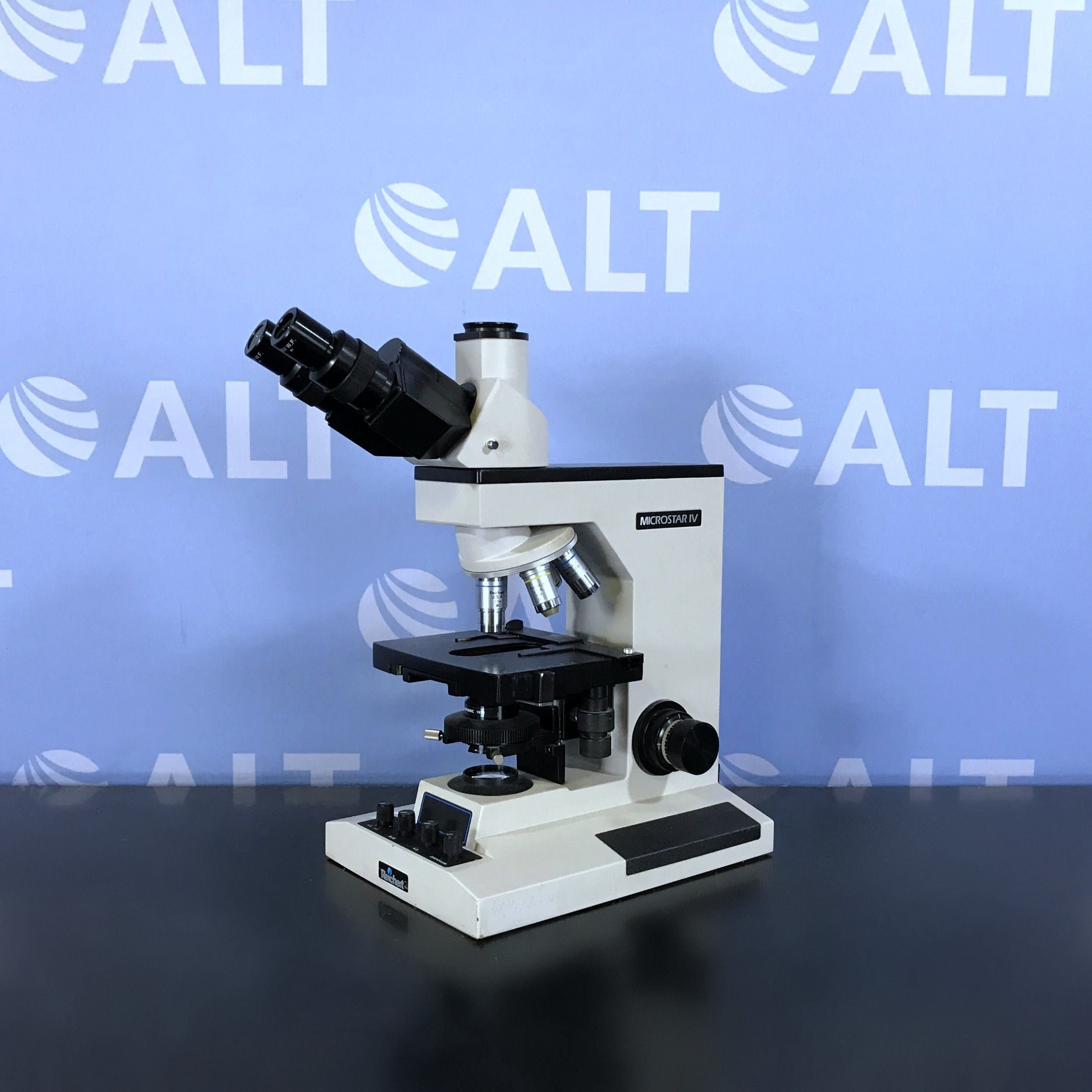 Reichert Jung Microstar IV Model 410 Phase Contrast Microscope Image