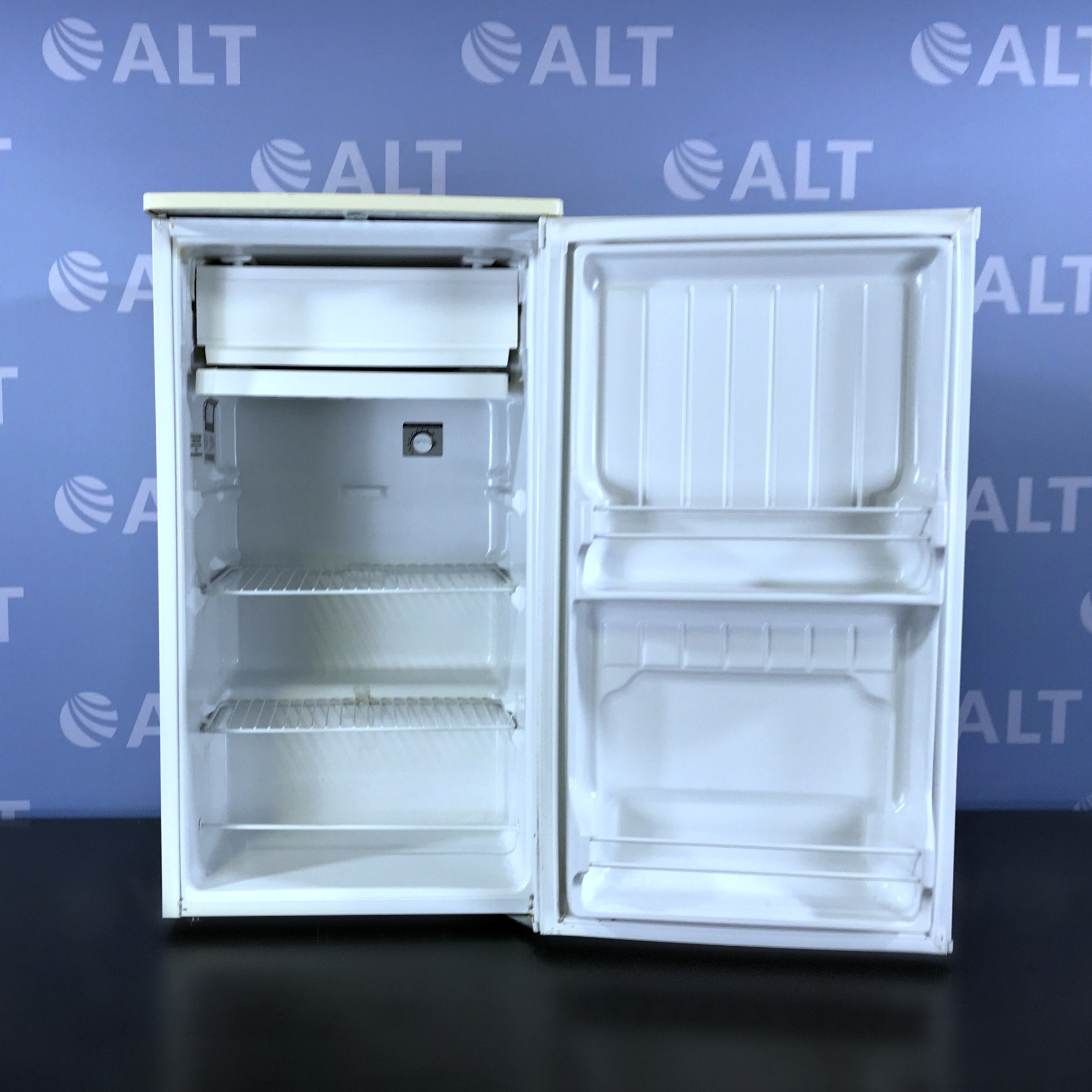 Summit Under The Counter Refrigerator Model CM40H Image