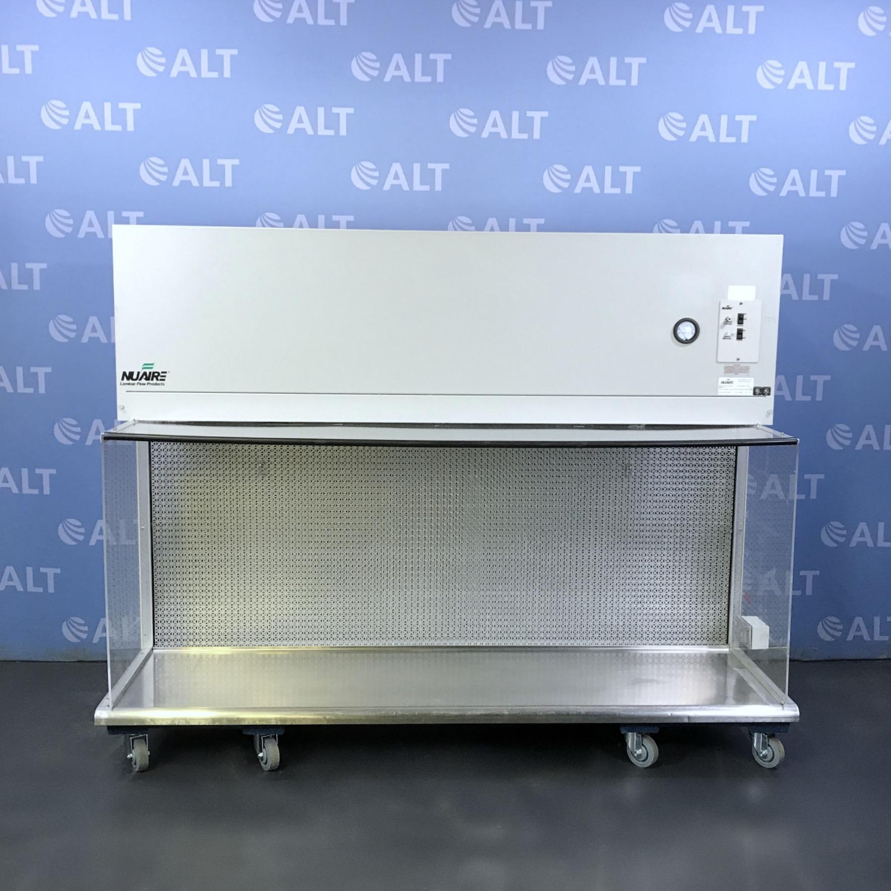 Nuaire 6' AireGard NU-201-630 Horizontal Laminar Airflow Workstation Image
