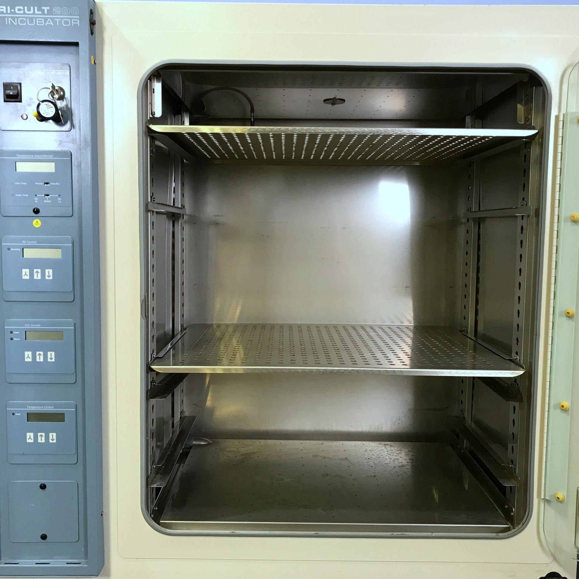 Forma Scientific 3033 Steri-Cult 200 CO2 Incubator Image