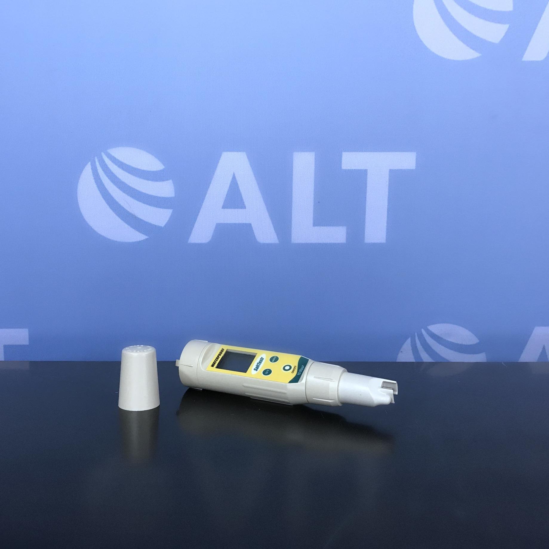 Oakton SaltTestr Pocket Salinity Tester Image