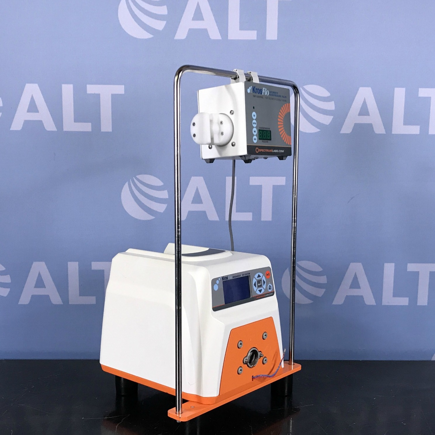 Spectrum Labs  Model 708-12202-000 KrosFlo Research IIi TFF System with Automatic Backpressure Valve Model ACPC-F17-01N Image