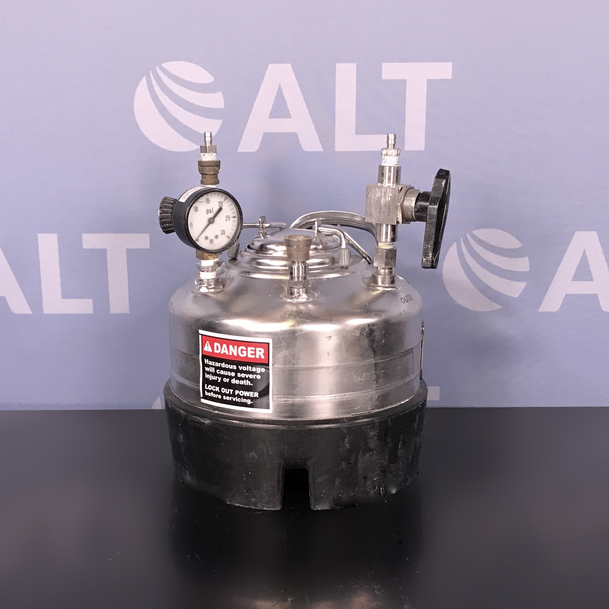 Alloy Products Corp. T316 2-Gallon Wide Mouth Opening Stainless Steel Rubber Skirt Pressure Vessel Image