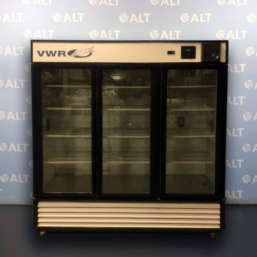 VWR GDM-72 3 Door Deli Style Chromatography Refrigerator Image