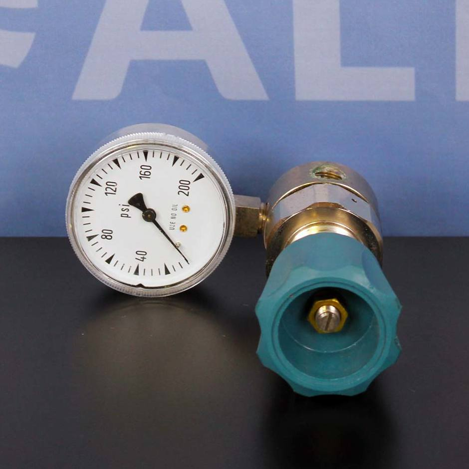 Airgas Single Stage Regulator Y11-N141C Inlet 400 Oulet 0-200 PSI Image