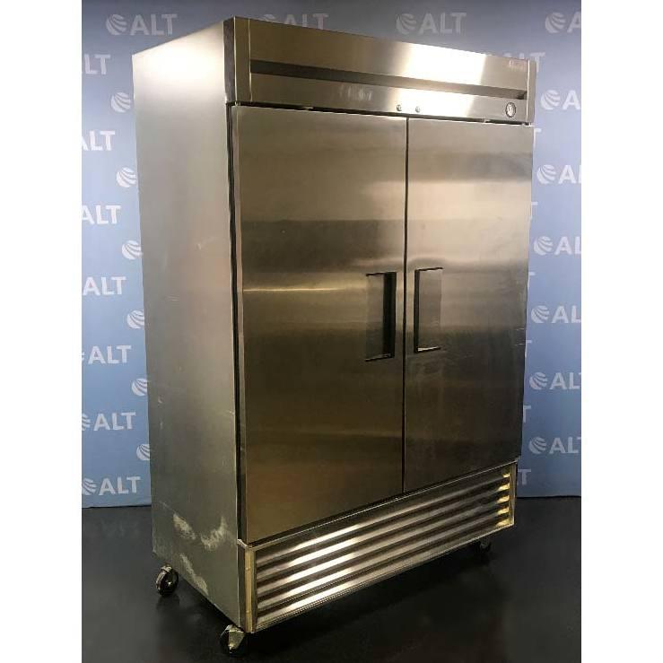 TRUE 2 Door Refrigerator, Model T-49 Image