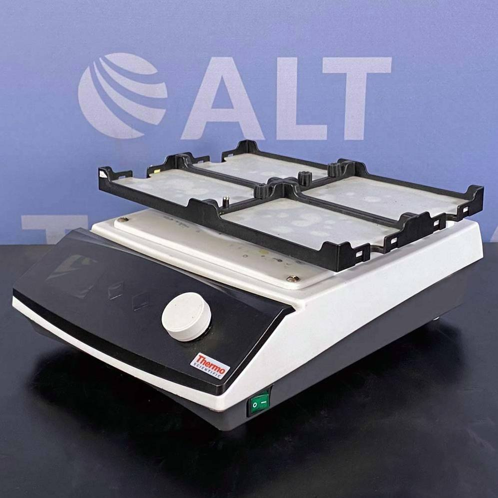 Thermo Scientific Compact Digital Microplate Shaker, Cat. No. 88880023 Image