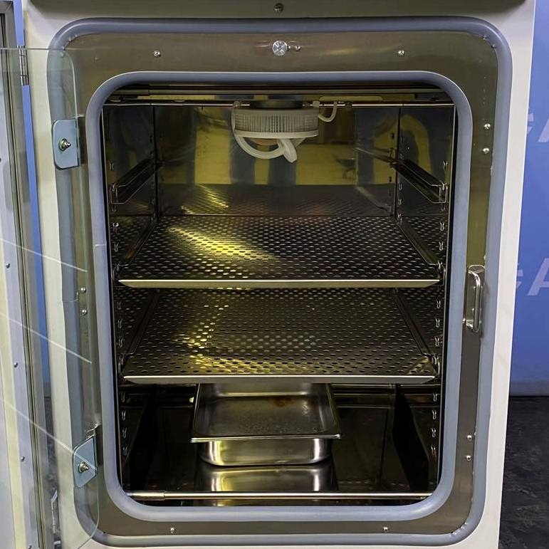 Thermo Forma Model 370 Series Steri-Cycle CO2 Incubator Image