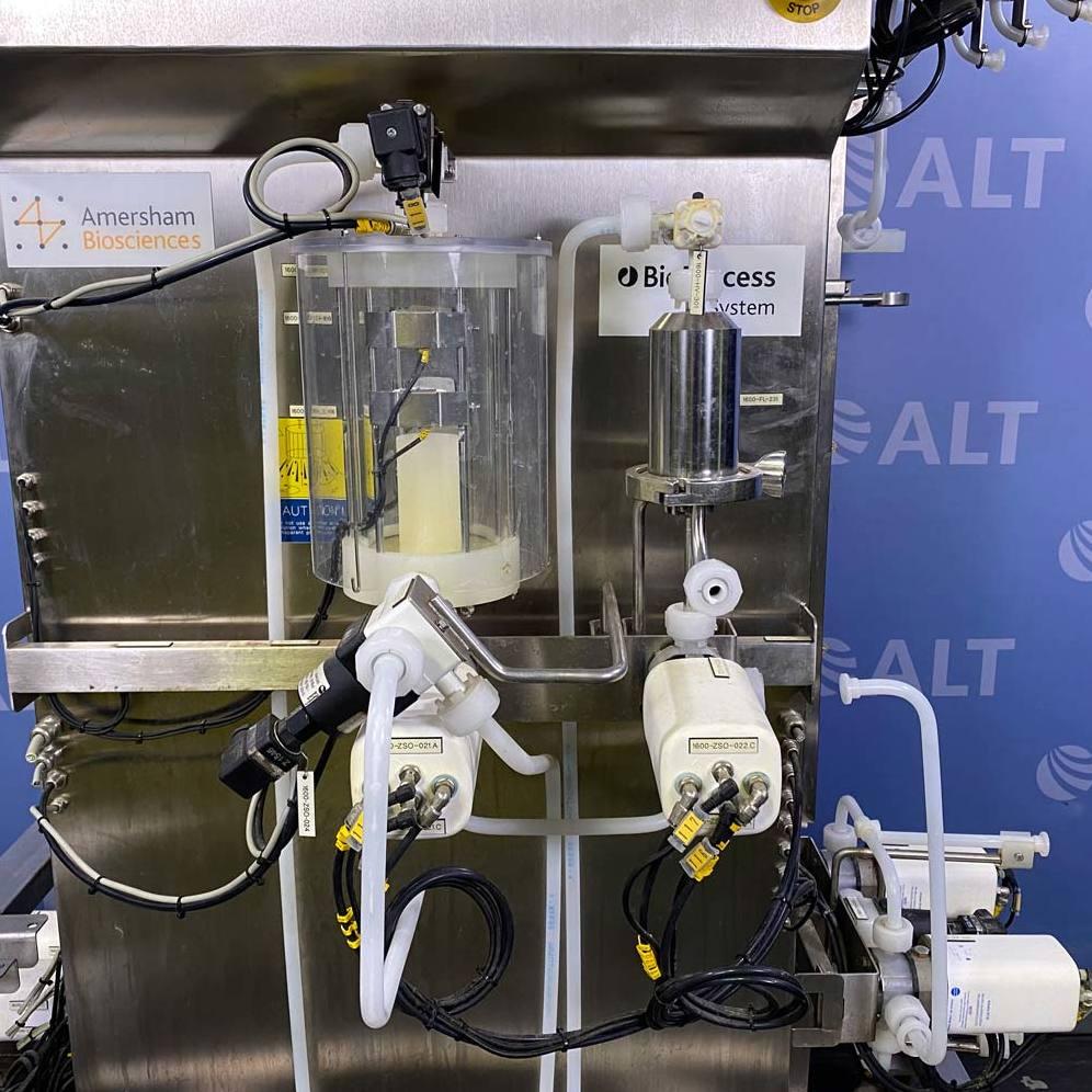 Amersham Biosciences BioProcess FPLC Liquid Chromatography System Image