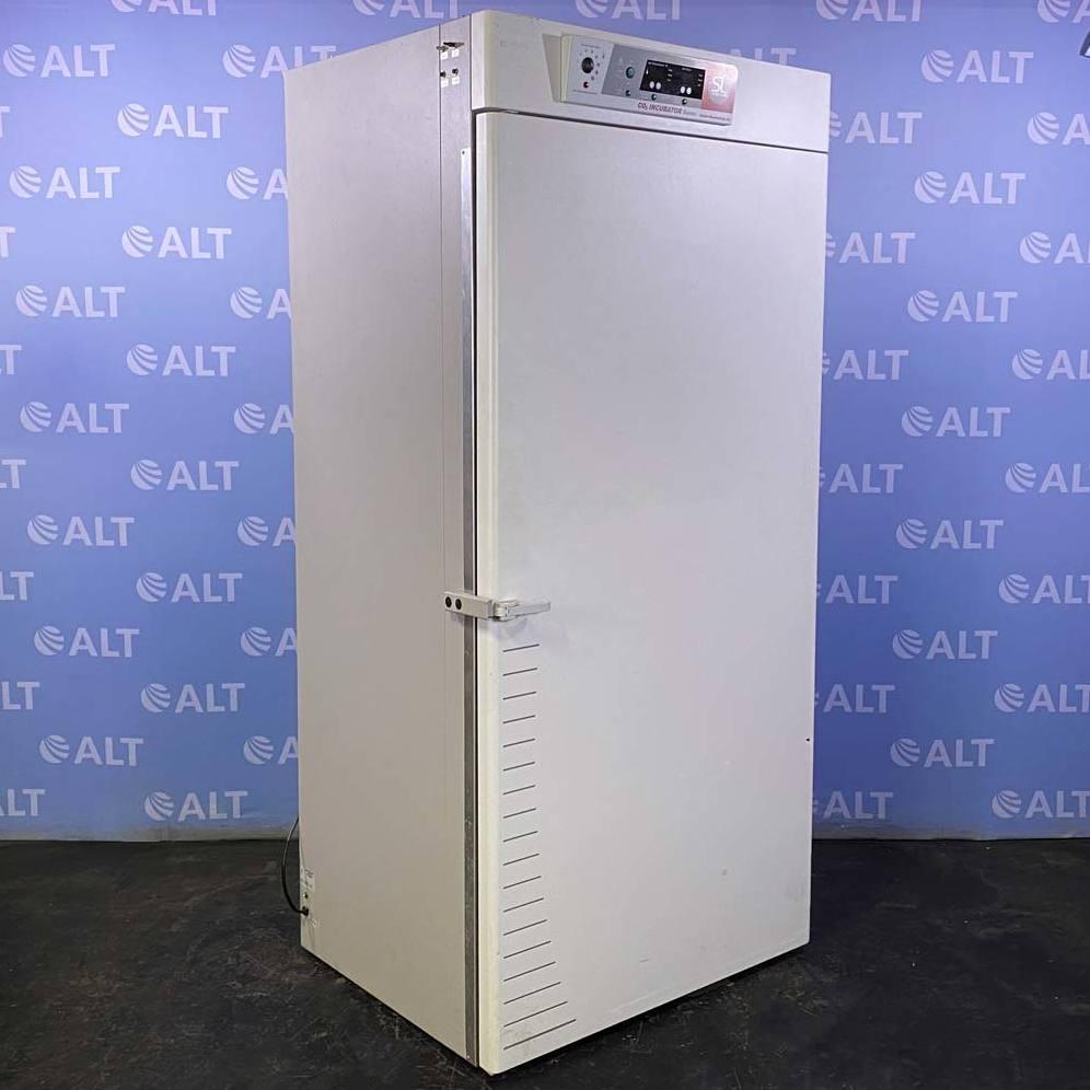 Shel Lab Large Capacity CO2 Incubator, Model 2440-ZZMFG Image