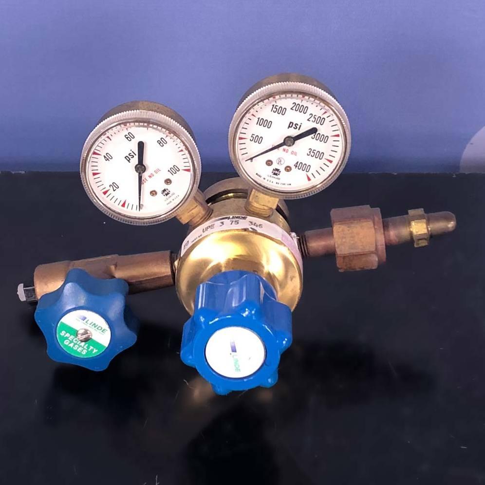 Model UPE 3 75 346 High Gas Brass Regulator Name