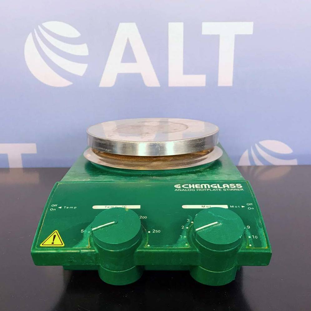 Chemglass Analog Hotplate Stirrer with ETC Digital Temperature Controller Thermometer Image