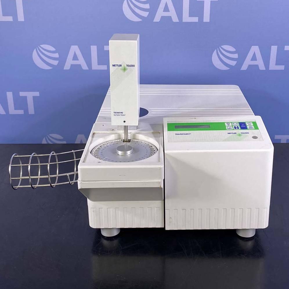 Mettler Toledo Thermogravimetric Analyzer, Model TGA/SDTA851e, with Sample Robot, Model TSO 801RO Image