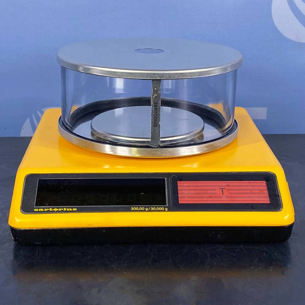 Digital Top-Loading Balance, Model 1412-MP8 Name