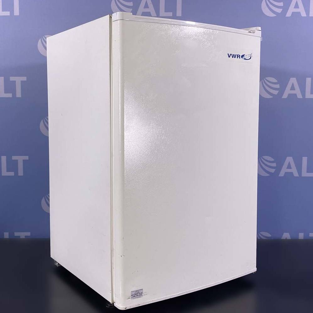 VWR Undercounter Commercial Refrigerator, Model SR-L4110W Image