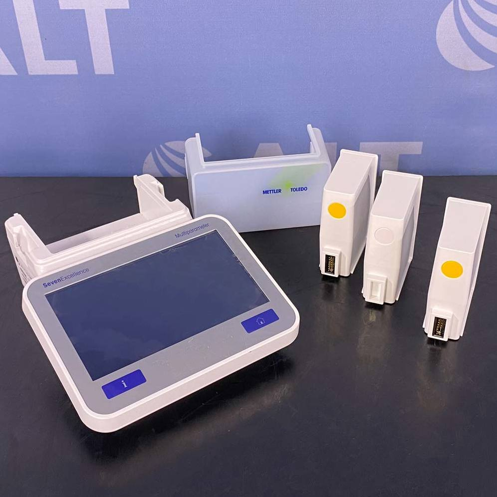 Mettler Toledo SevenExcellence pH/Conductivity Meter Image