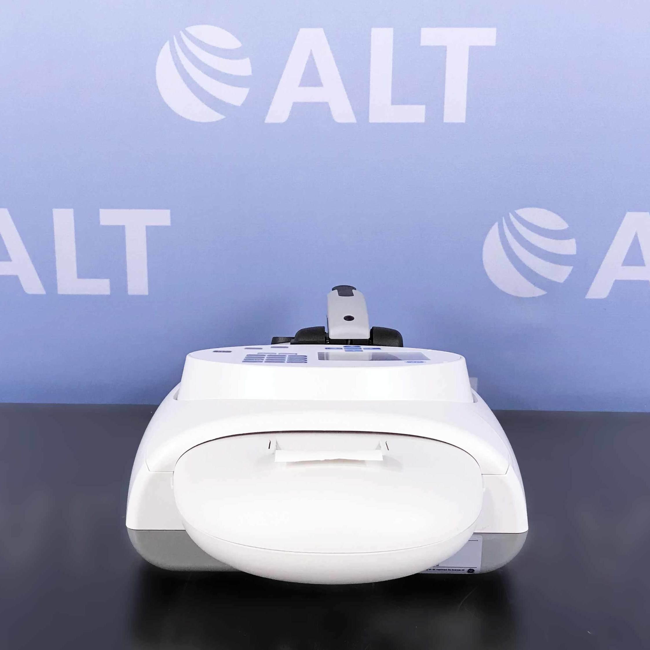 GE Healthcare NanoVue Plus Spectrophotometer P/N 28956017 Image