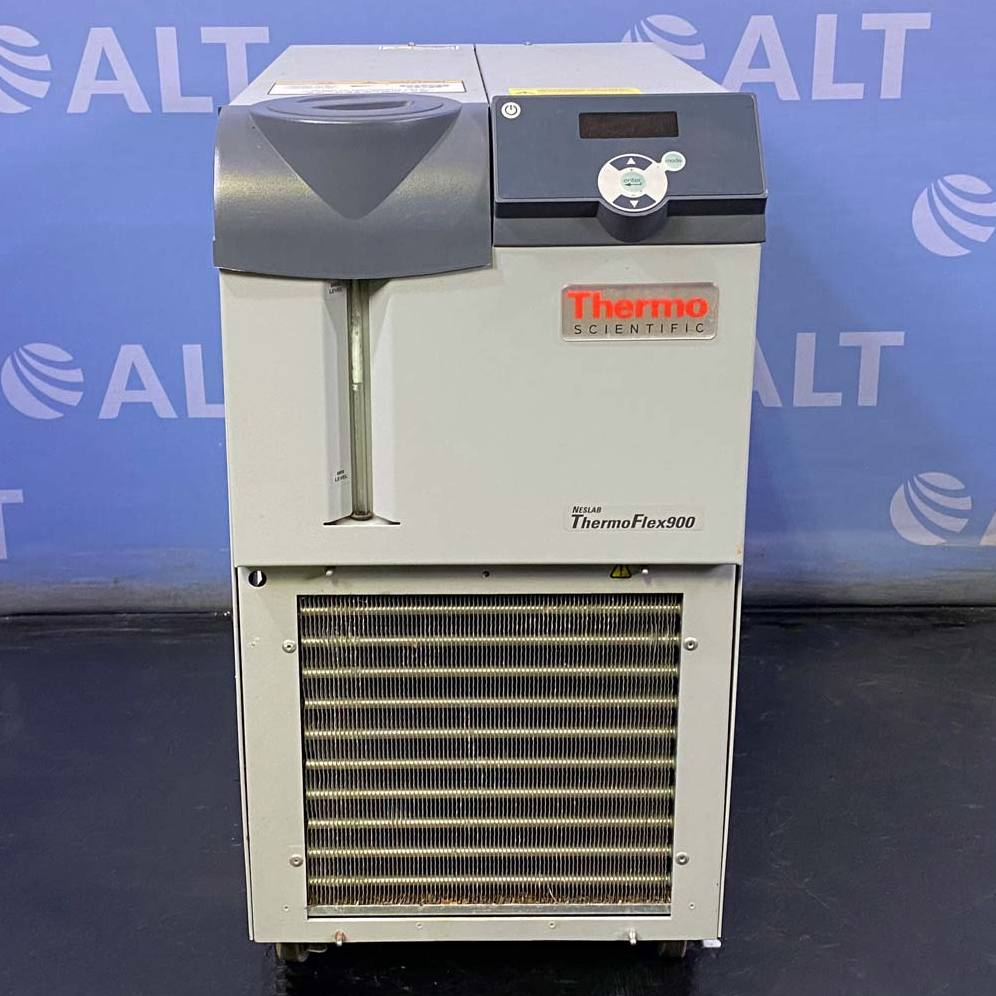 Thermo Scientific Neslab ThermoFlex 900 Recirculating Chiller Image