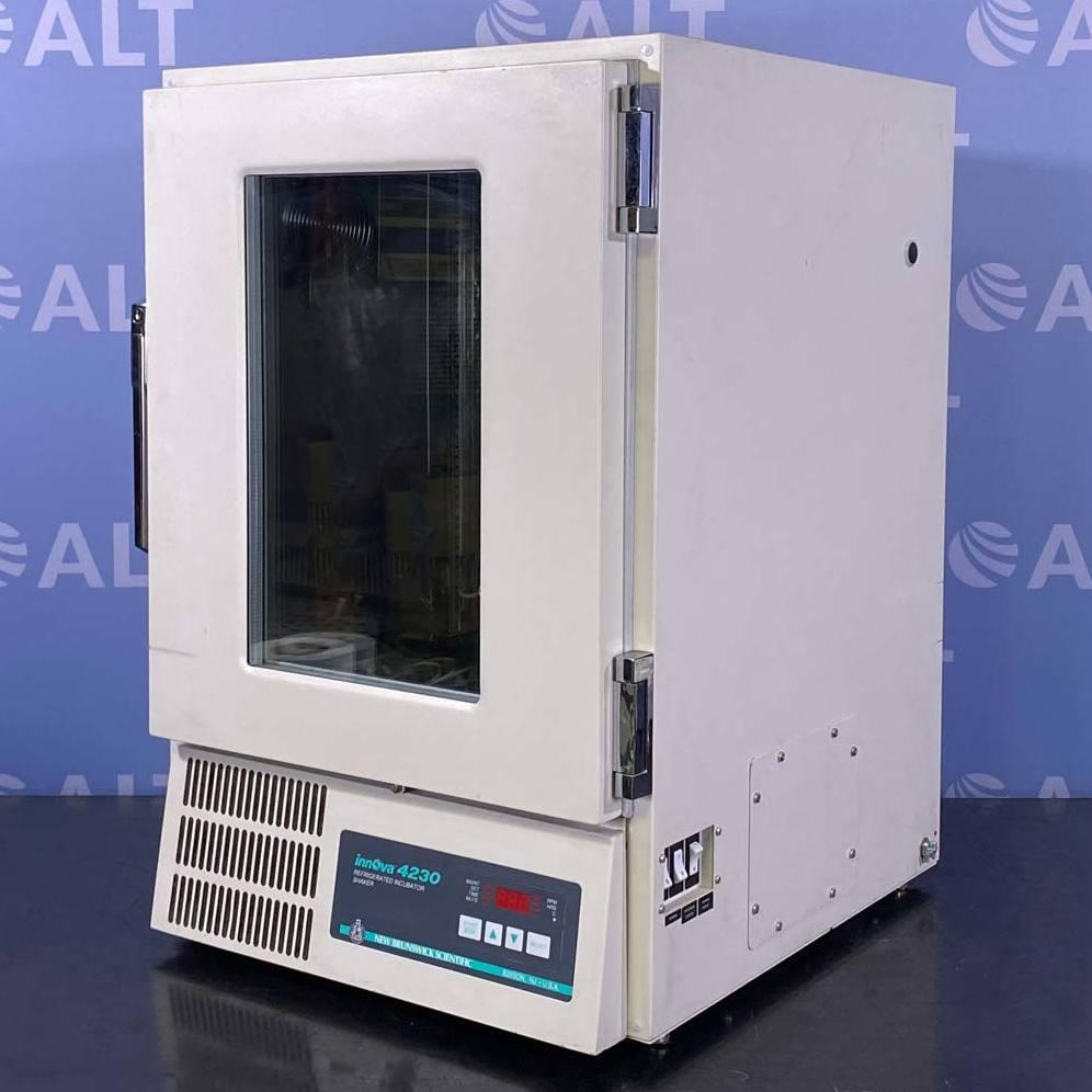 New Brunswick Scientific Co Innova 4230 Incubated/Refrigerated Shaker Image