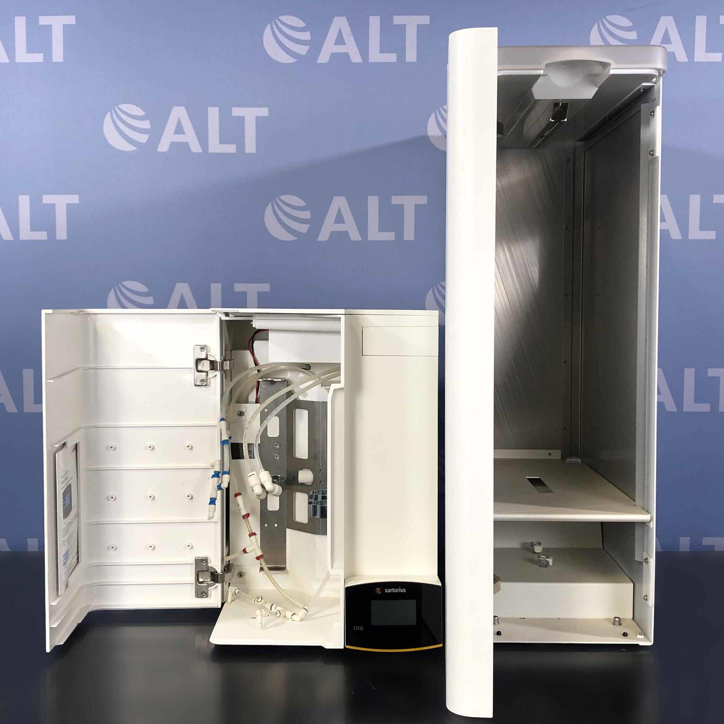 Sartorius H2O-RO-3-B Arium Advance RO Type 3 Reverse Osmosis Water System with H2O-AOV-50-US Arium Bagtank 50 Image