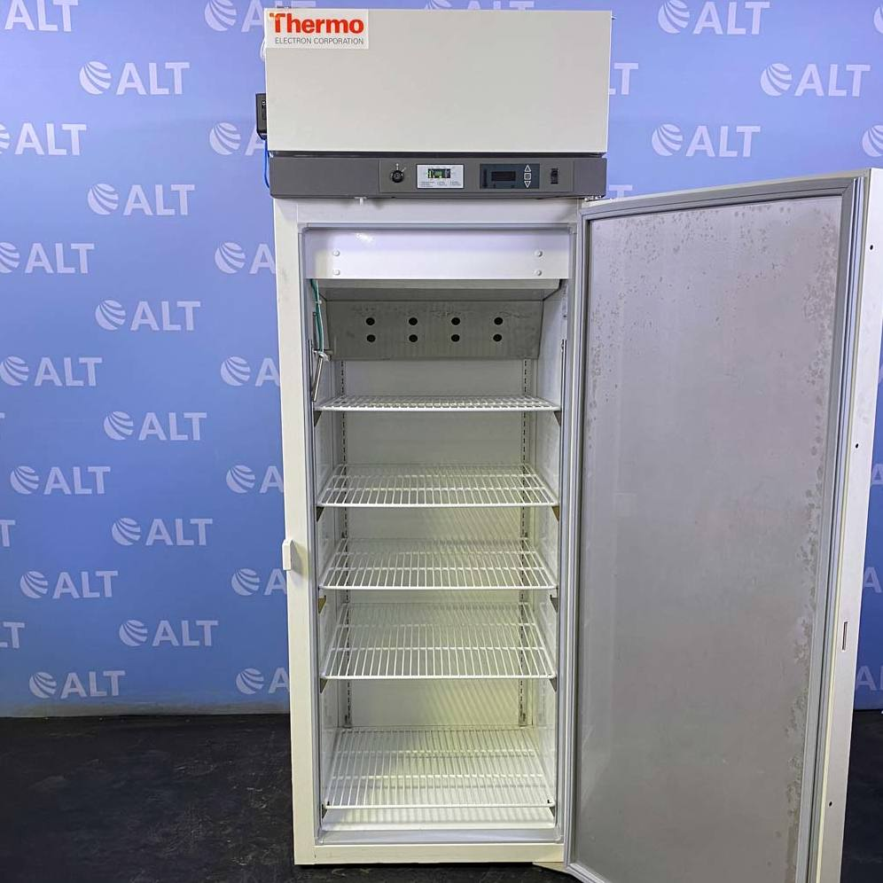 Thermo Scientific Revco Lab Refrigerator, Model REL2304A21 Image