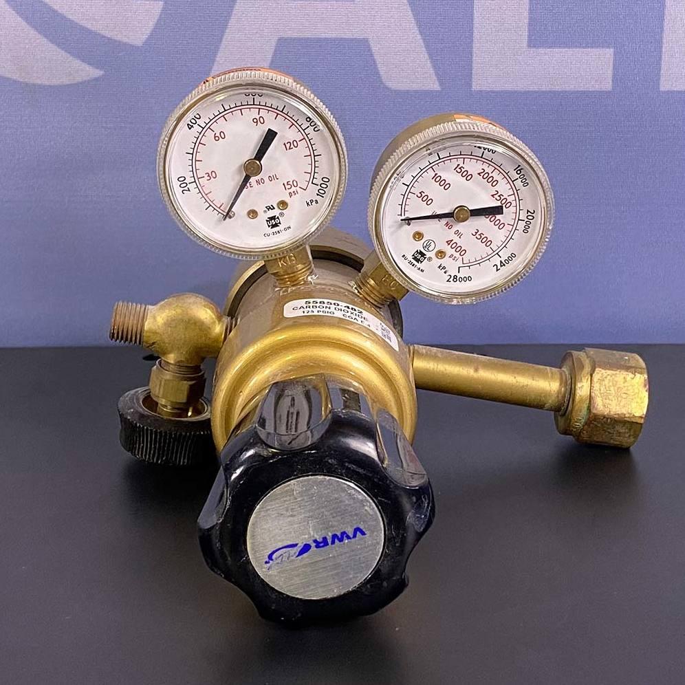 VWR 125 PSIG Carbon Dioxide Regulator, Model 55850-482 Image