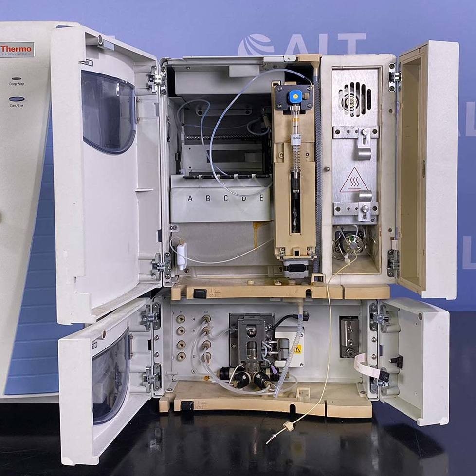 Thermo Finnigan TSQ Quantum Hyperquad Ultra Mass Spectrometer System with Surveyor Autosampler Plus, Surveyor Pump Plus and (2) Vacuum Pumps Image