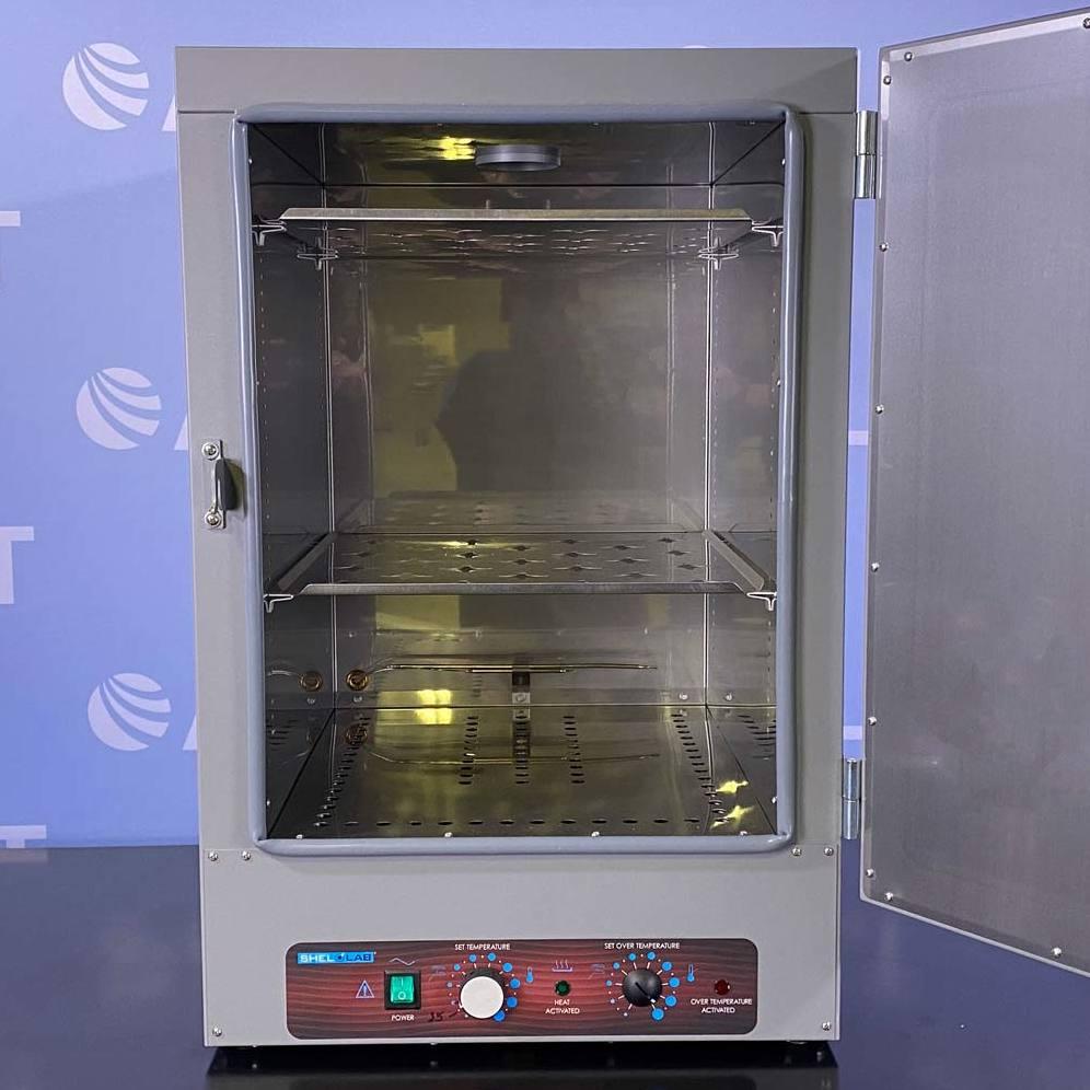 Shel Lab Gravity Convection Oven, Model SGO4E Image