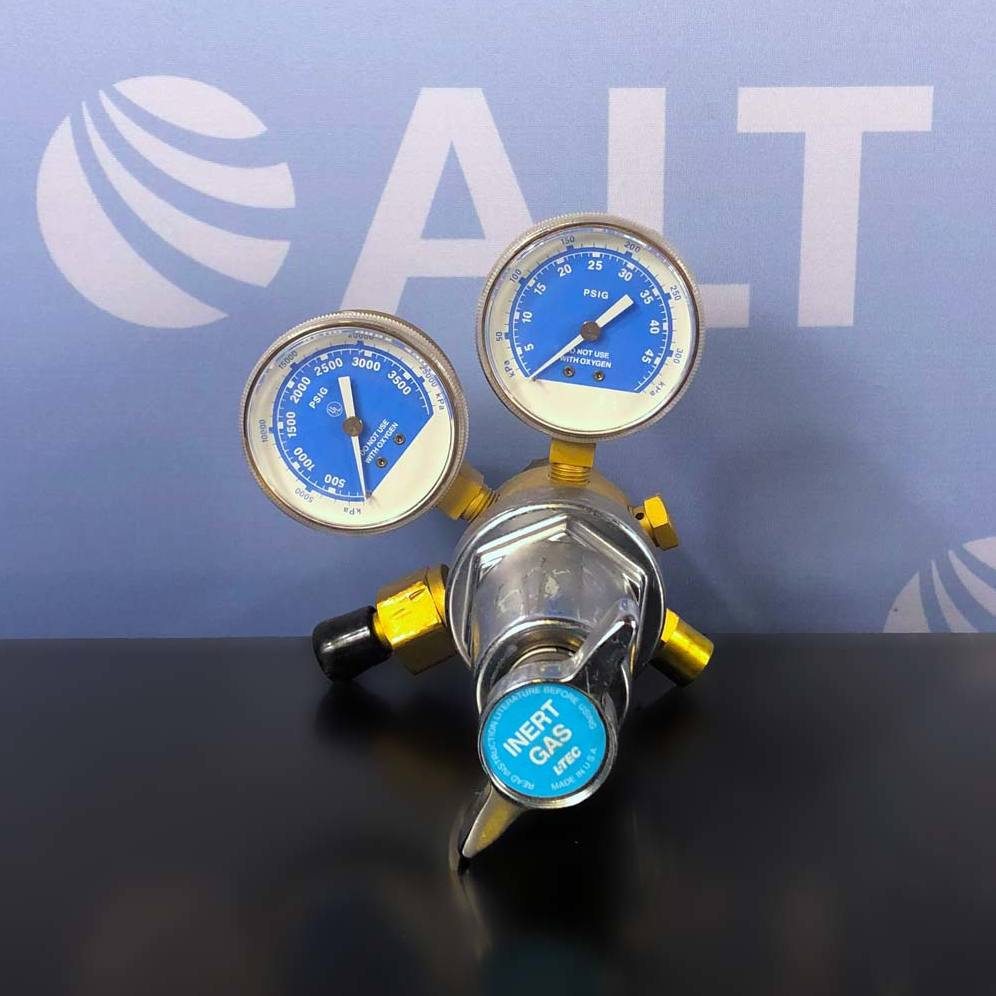 R-77-30-580 Dual Stage R-77 Ar He Ni Regulator Name