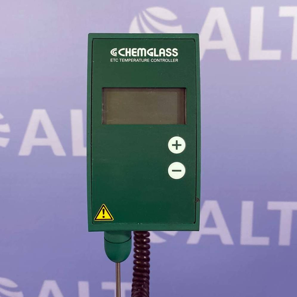 Chemglass Analog Hot Plate Stirrer with ECT Temperature Controller Image